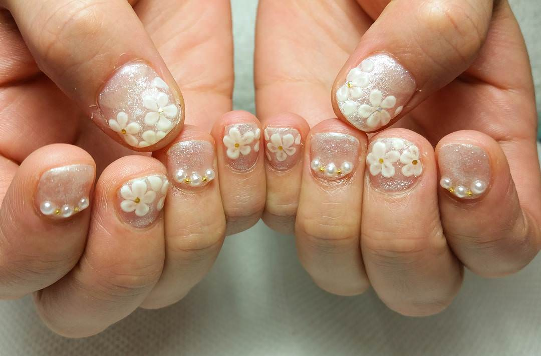 glittering floral acrylic nail art - Simple Nail Design Ideas