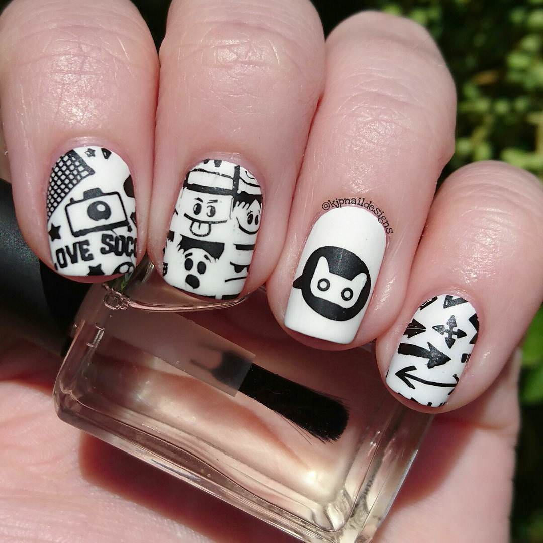 Black And White Cute Cartoon Nails