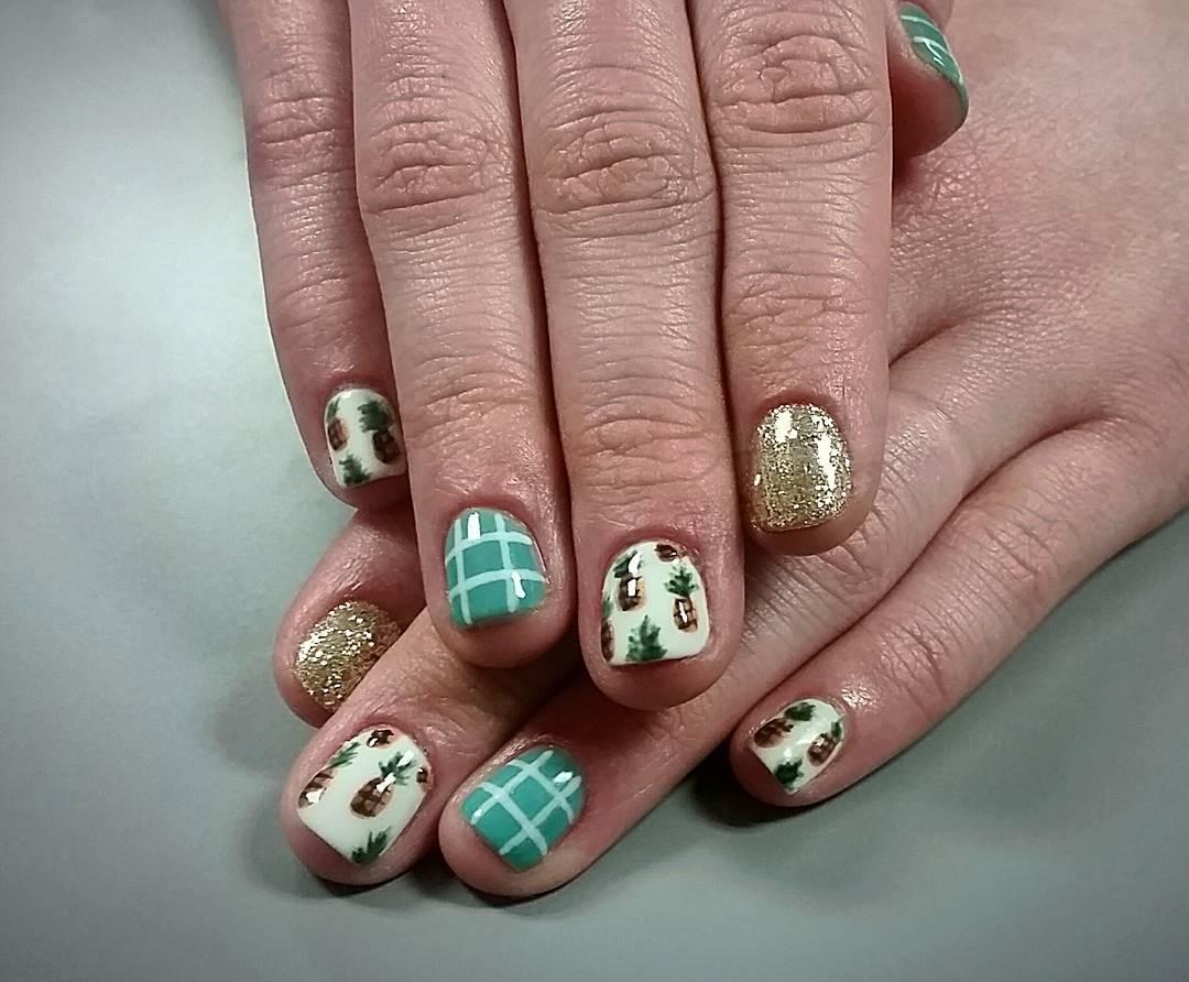 pineapple glitter acrylic nail design