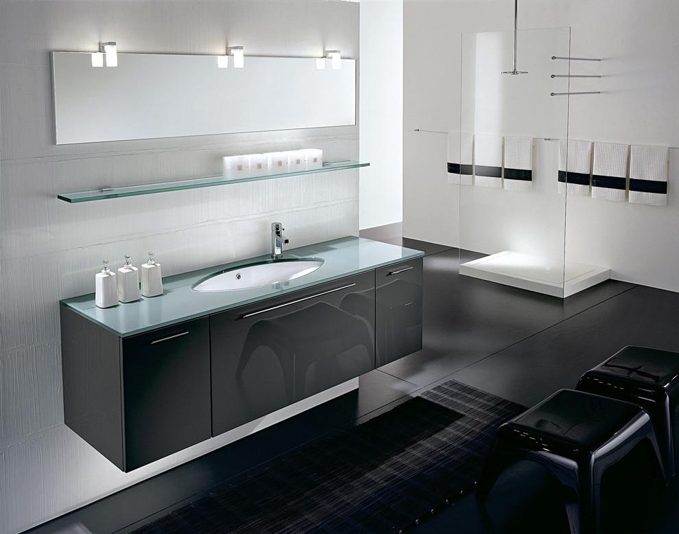 Modish Glass Shower Ideas