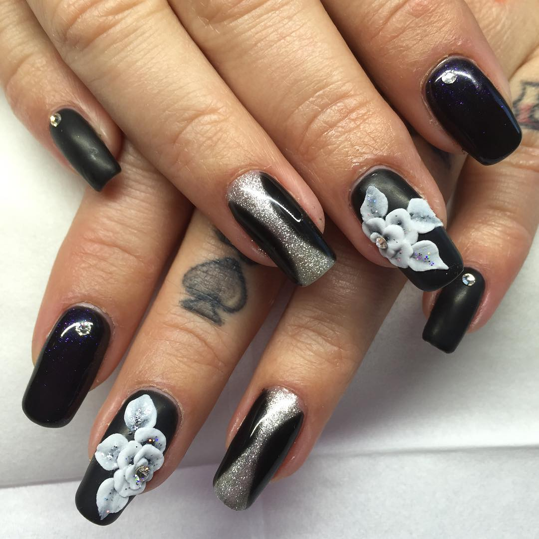 amazing black and white combination designed nail paint