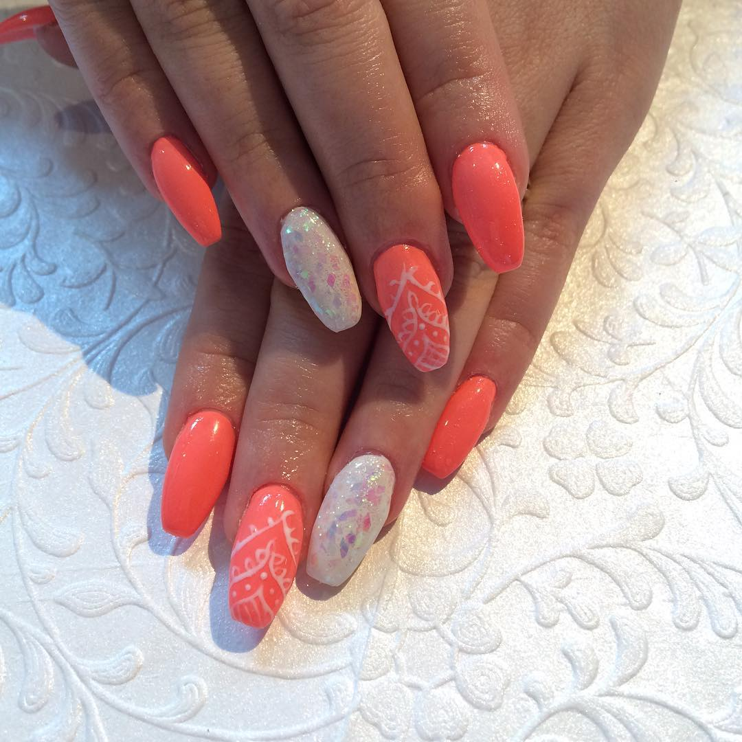 peach colored acrylic nail paint