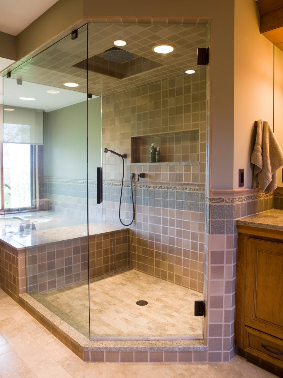 24 glass shower bathroom designs decorating ideas for Custom bathroom design