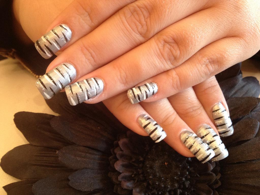 Silver Polished Acrylic Nail Art