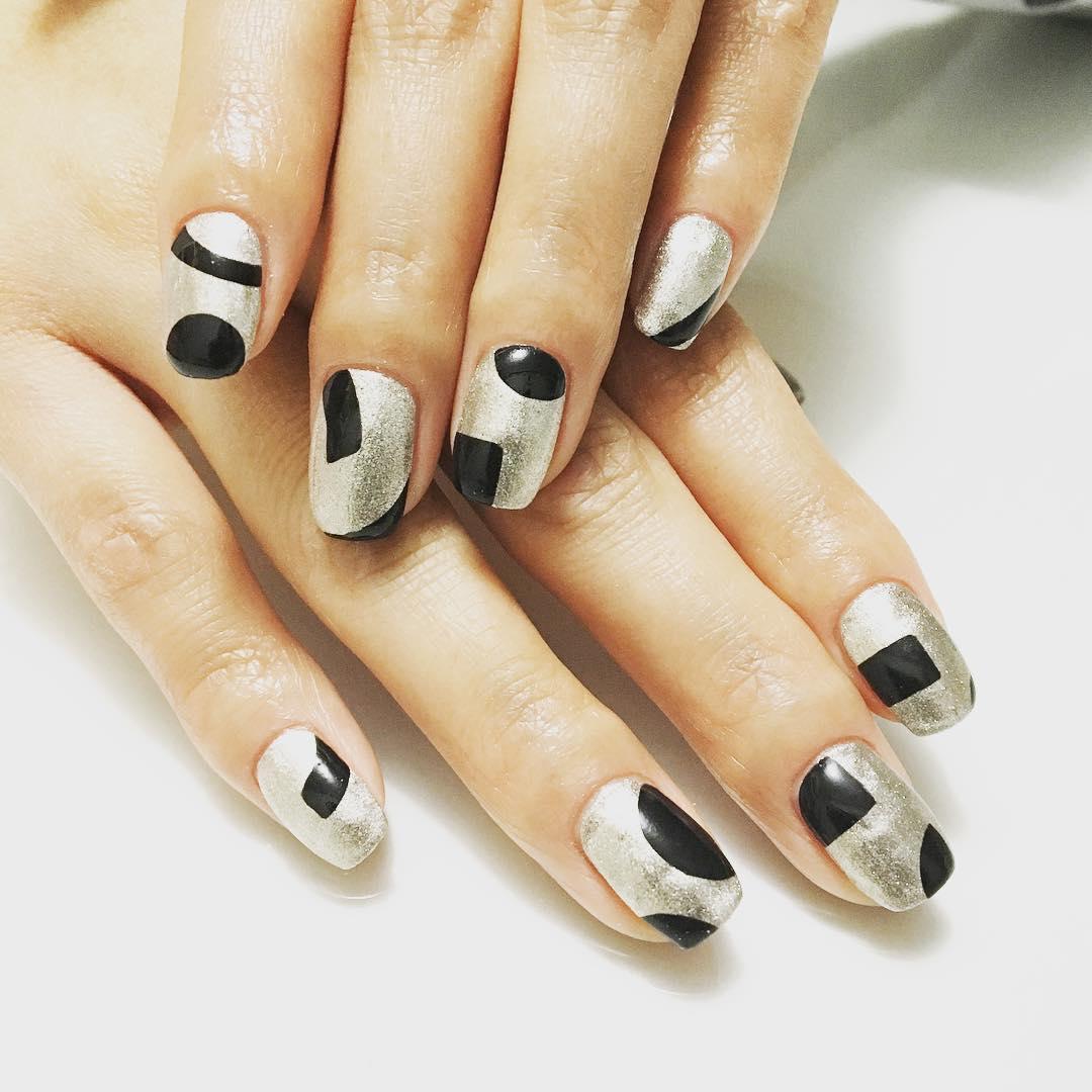 Silver and Black Acrylic Nail Art