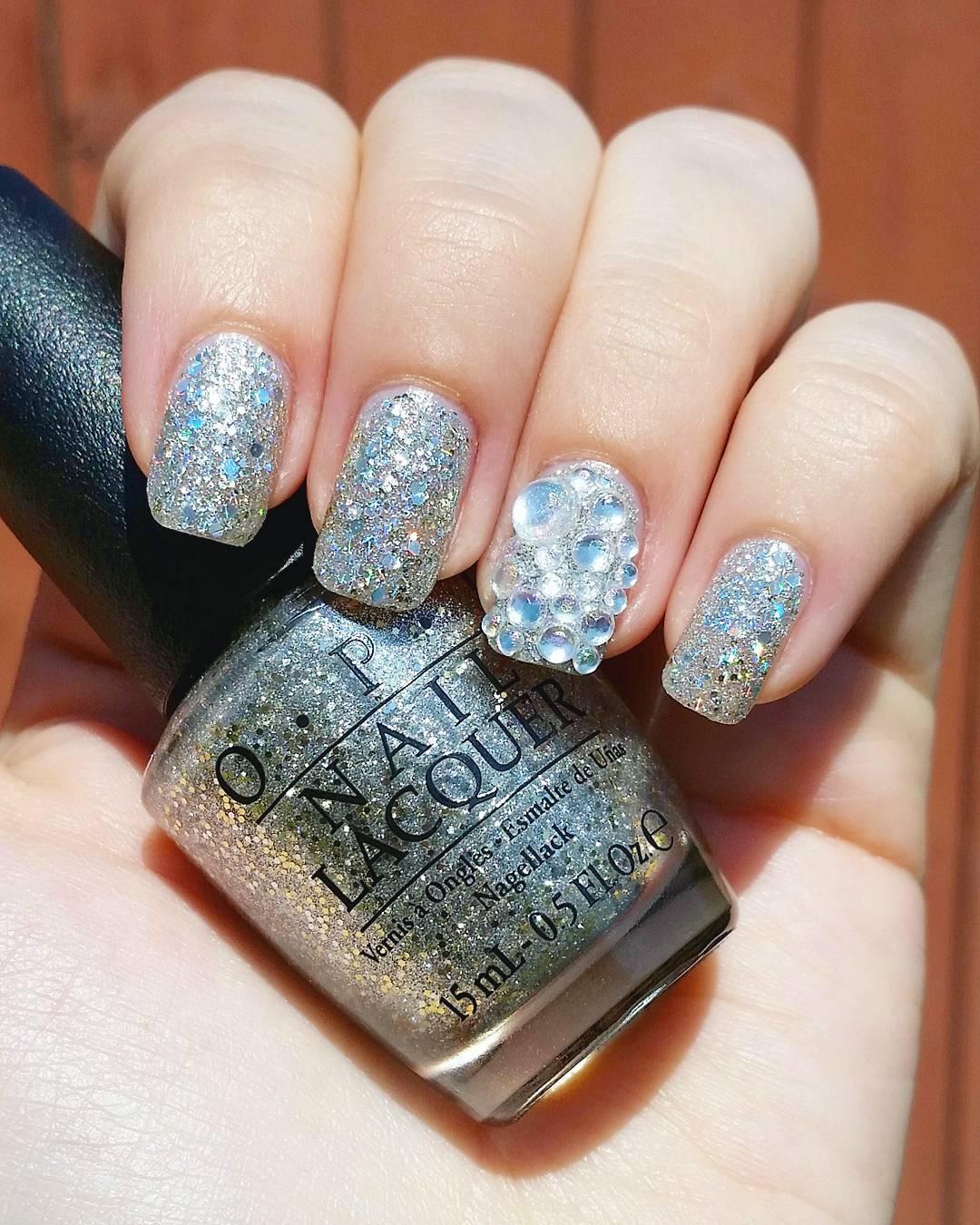 crystal designed acrylic nail
