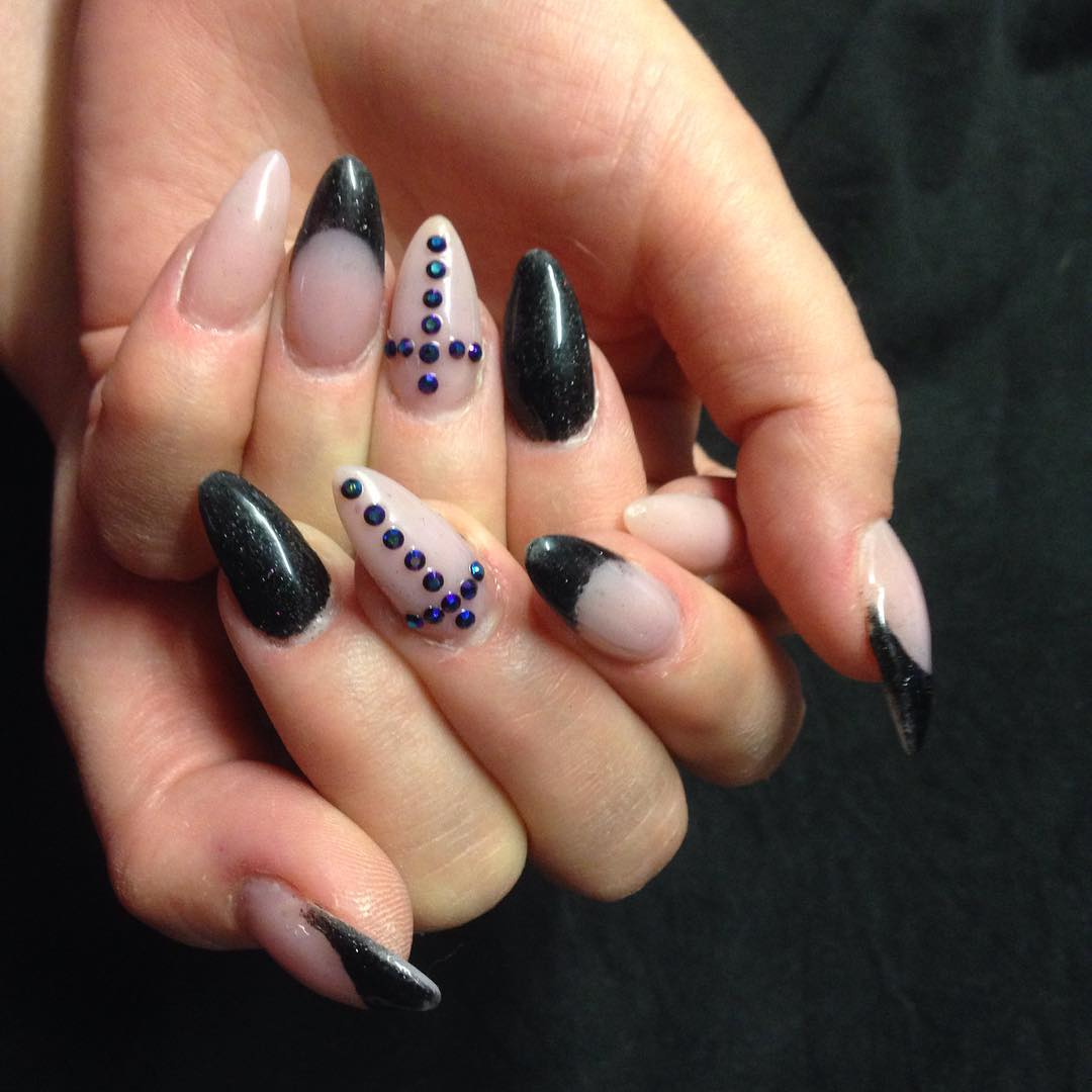 Nail Art For Black Skin: How to match nail color skin tone cosmetics ...