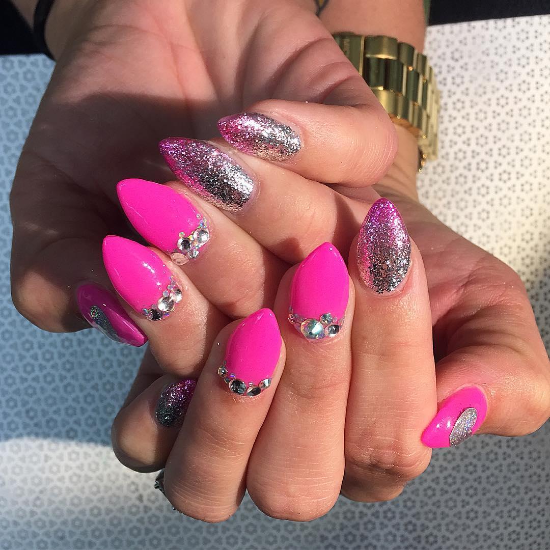 Pretty Pink Glitter Nail Spa