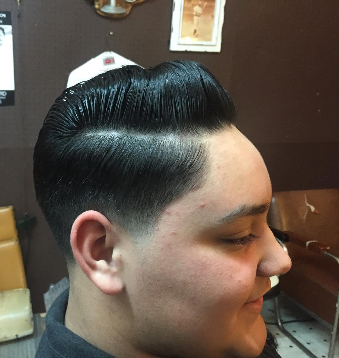 highlighted classic taper hair