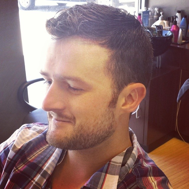 classic taper haircut for stylish men