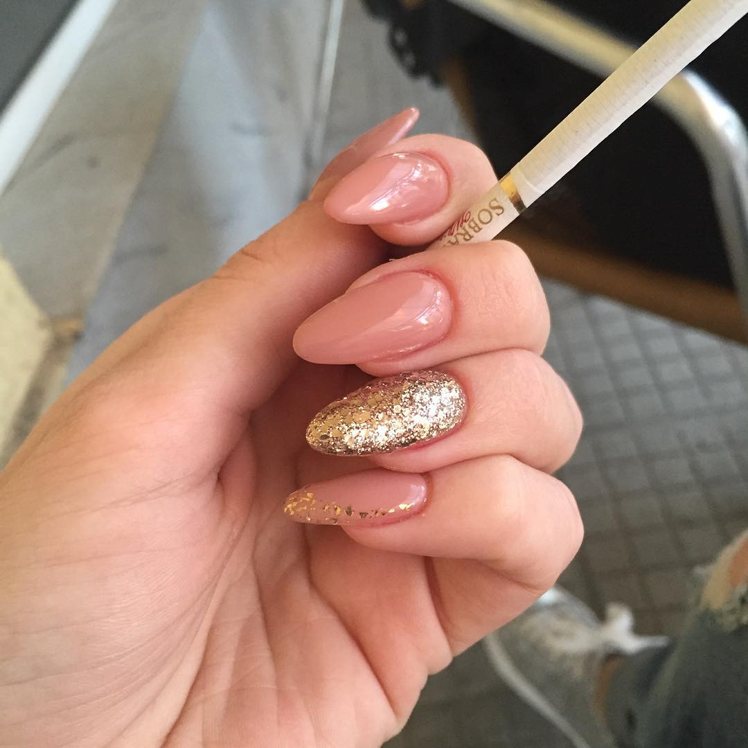 Glitter Nail Design For Wedding