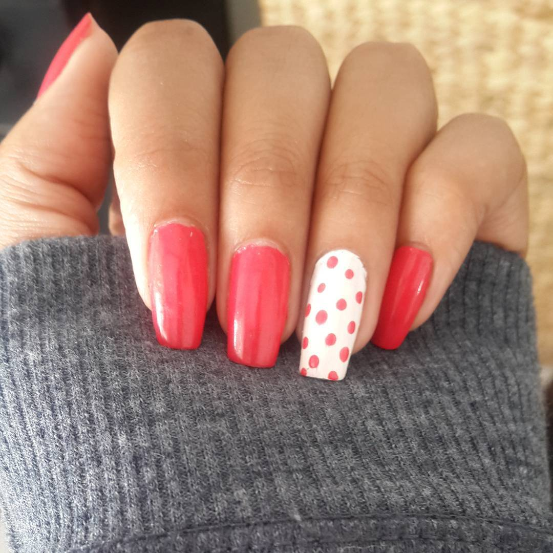Lovely Nail Design Model
