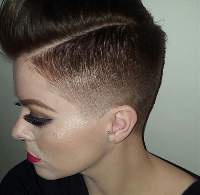 Trendy Taper Hairstyle for Beautiful Women