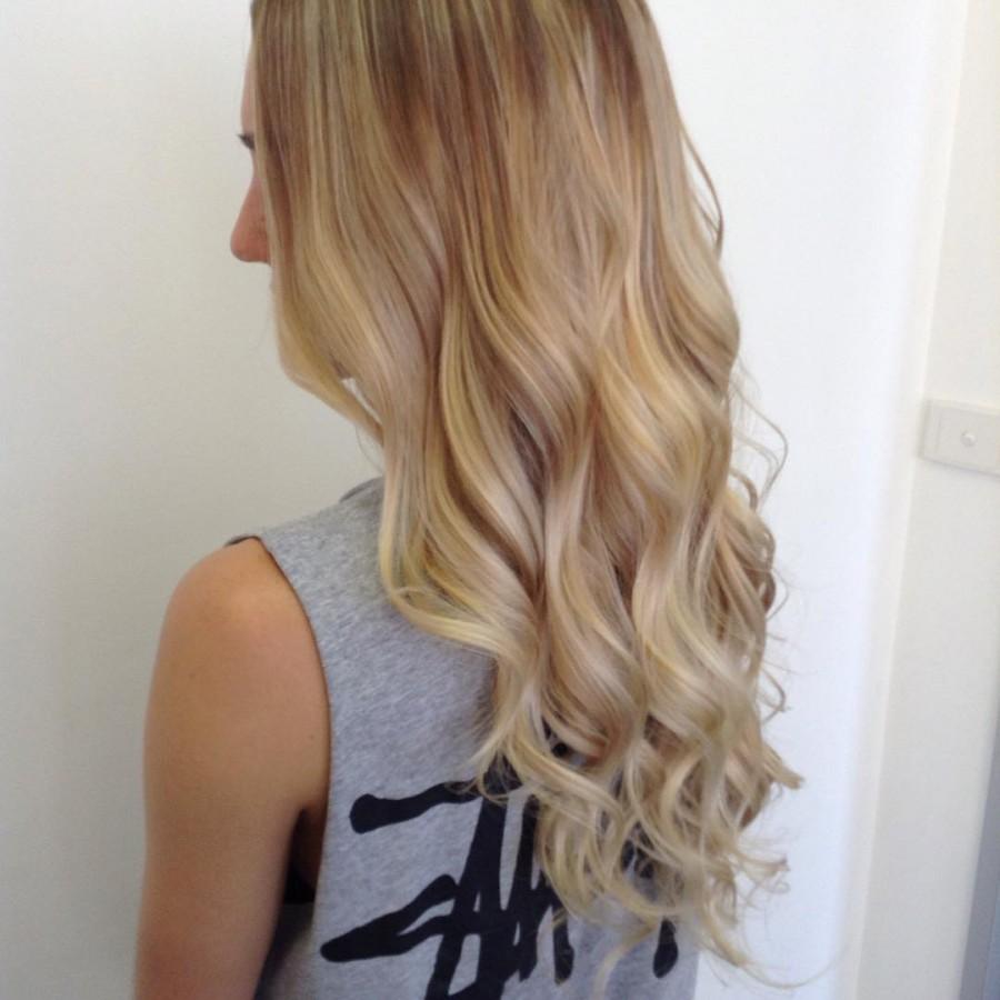 Blonde beach wave hair style