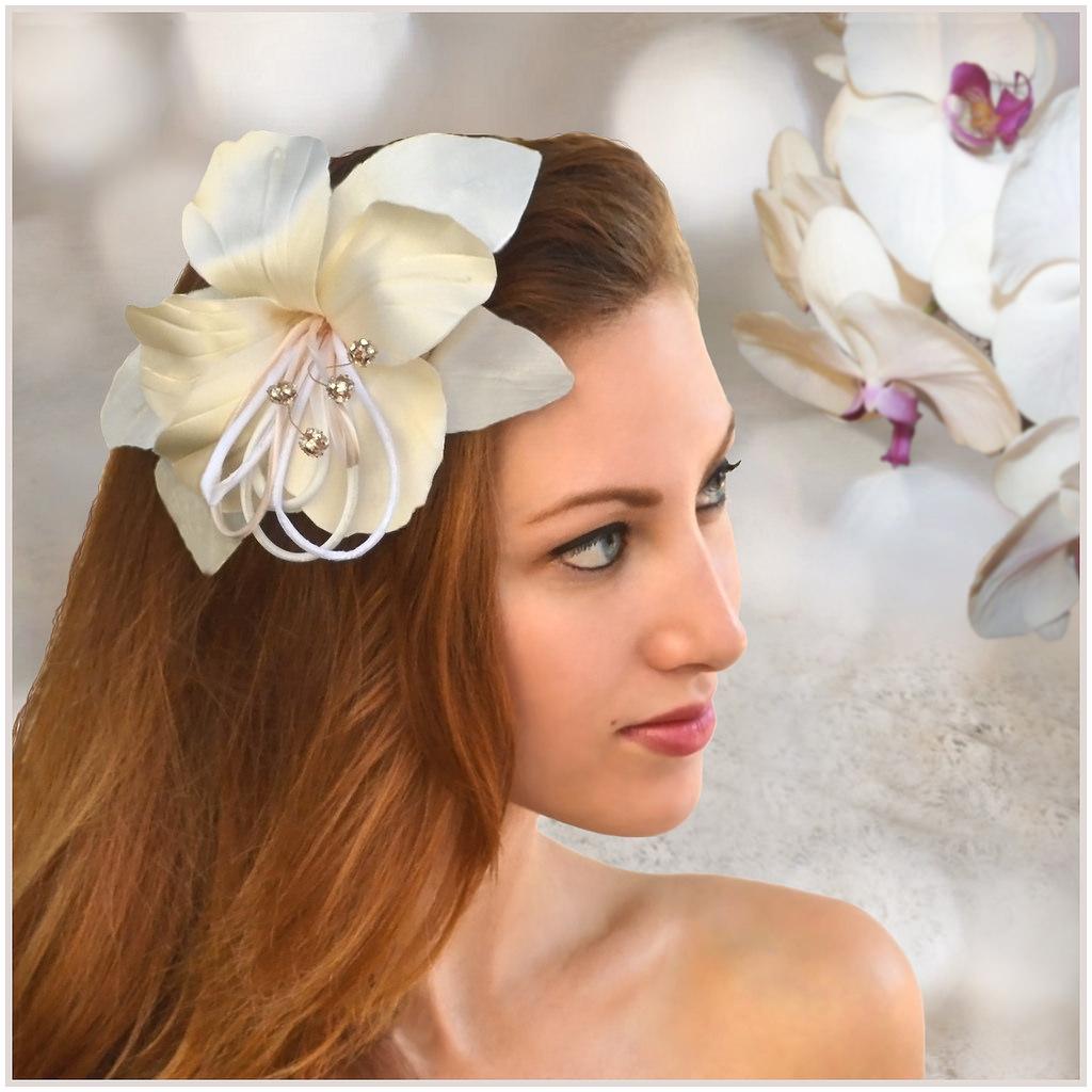 hair arificial flower hairdo
