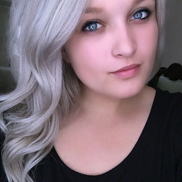 Crystalglynnplatinumhaircolor1 Hair Colors Ideas Of Platinum Hair
