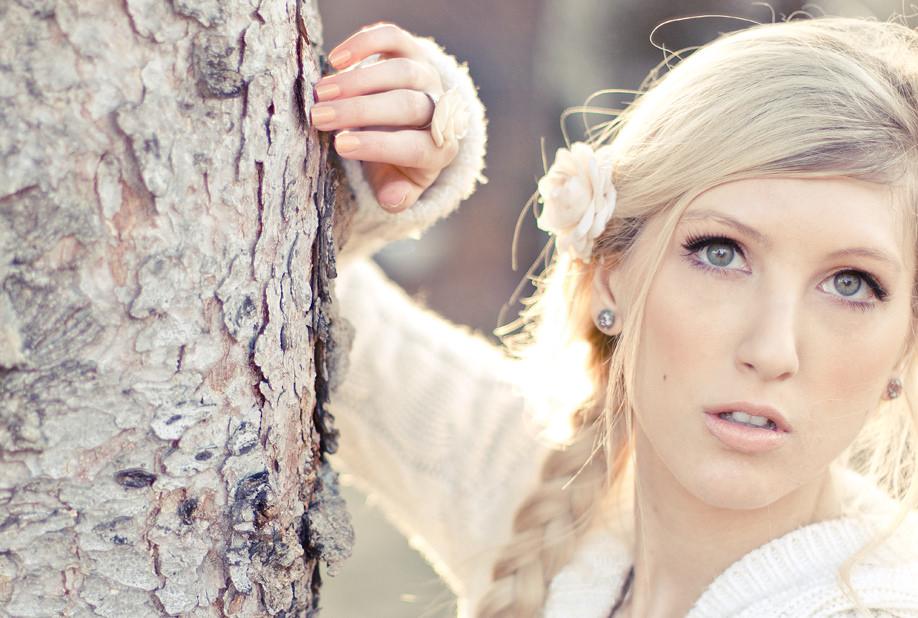 Beige Blonde Hair Color hairdo