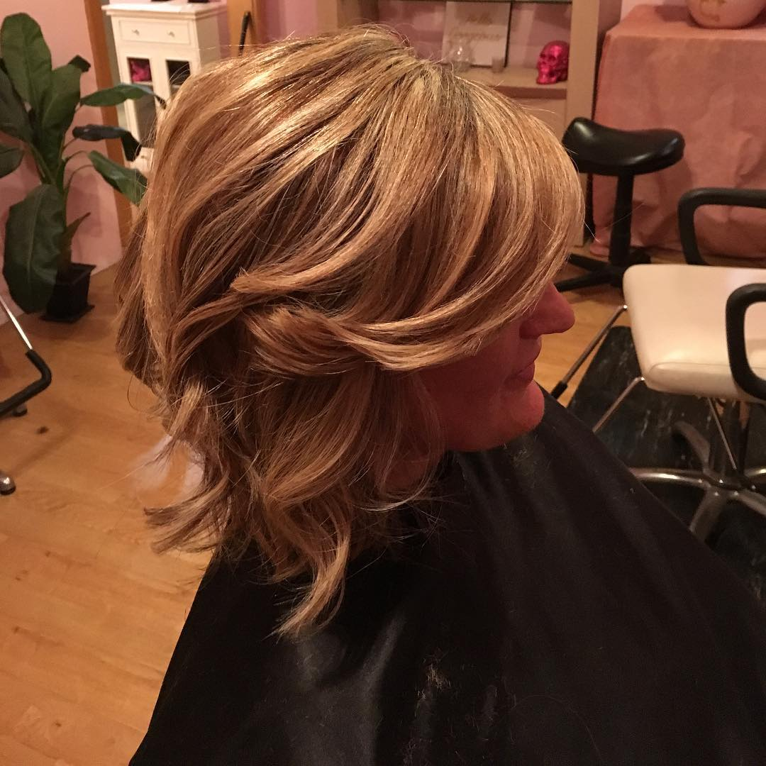 Simple Layer Bob Hair