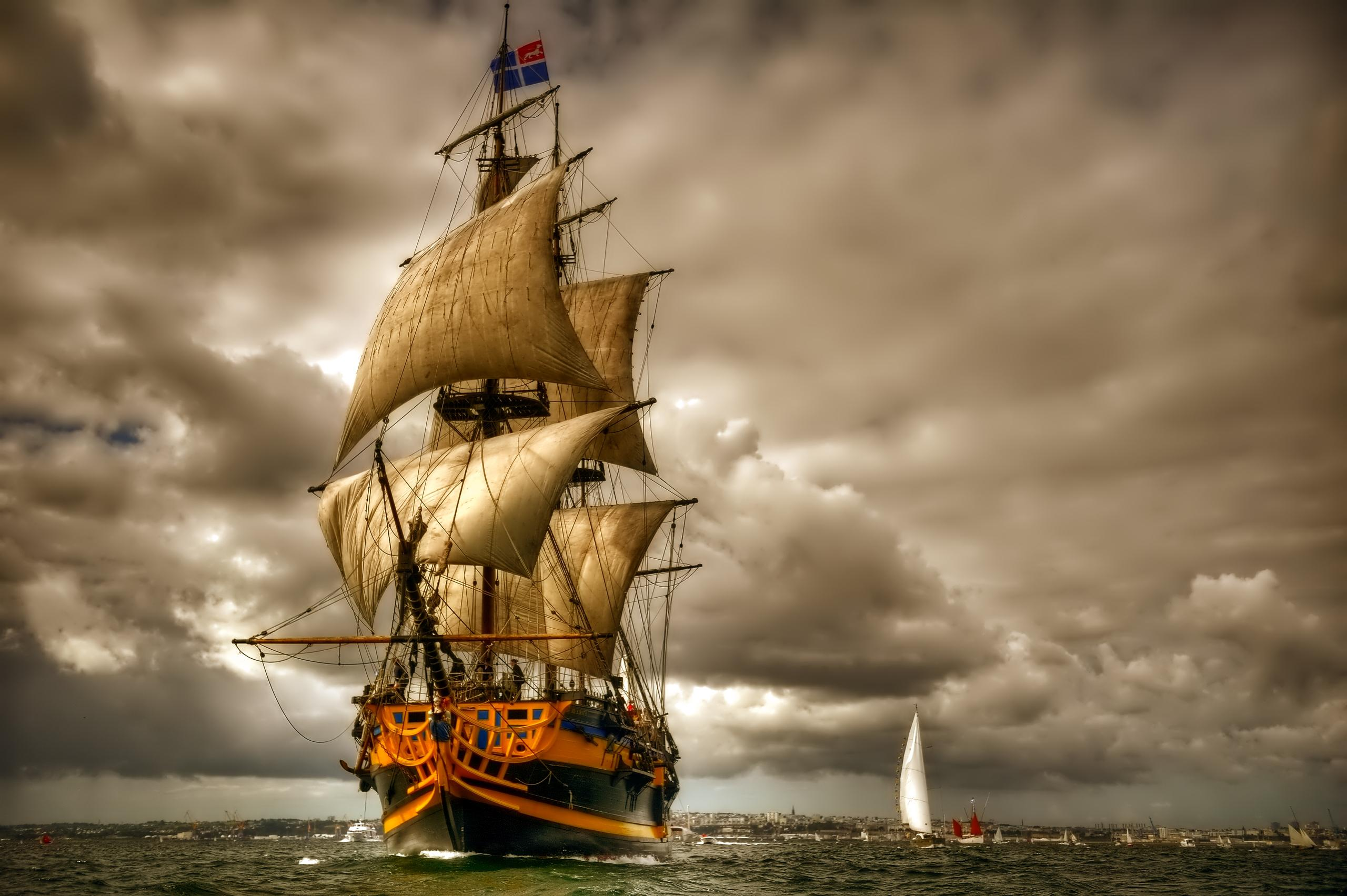 Beautiful Sailing Ship Wallpaper