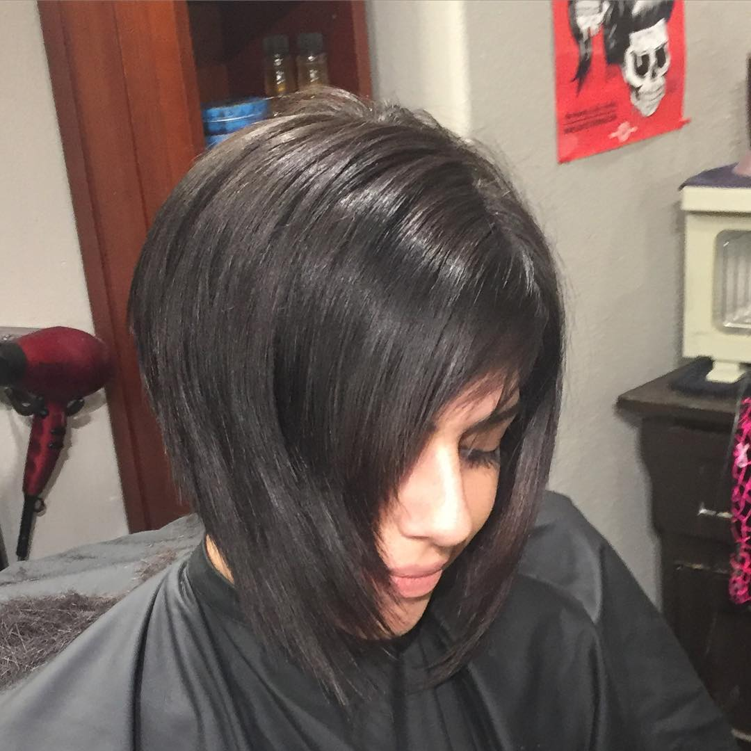 Reverse Bob Hairstyle Idea