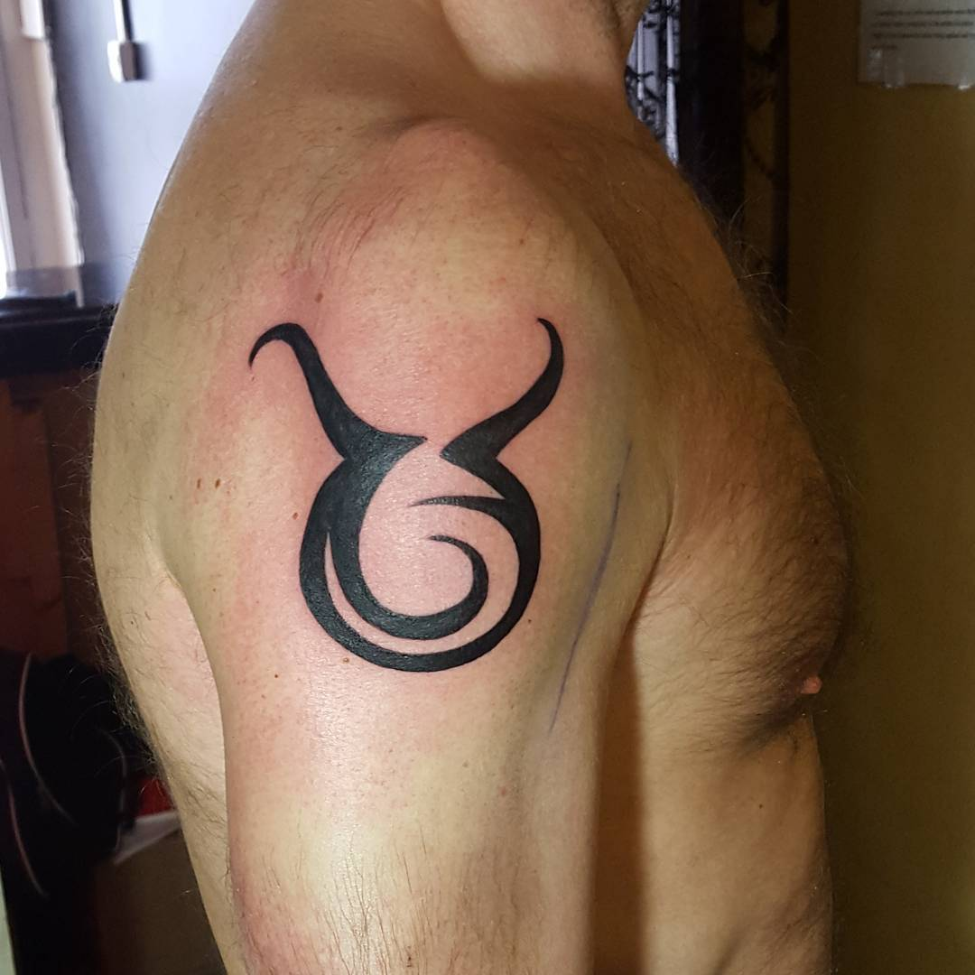 taurus bull zodiac tattoo design