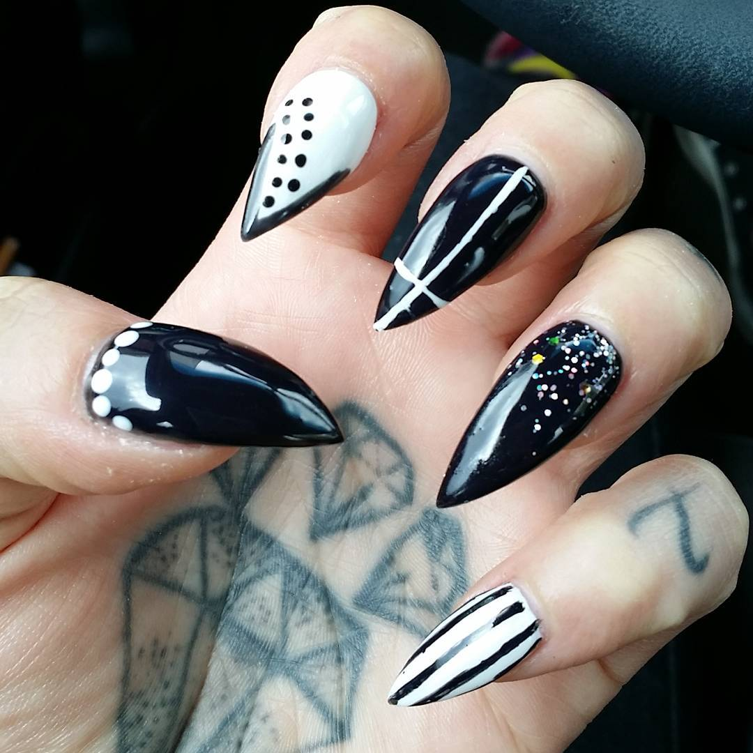 15 Cool Nail Art Designs: 29+ Black And White Acrylic Nail Art Designs , Ideas