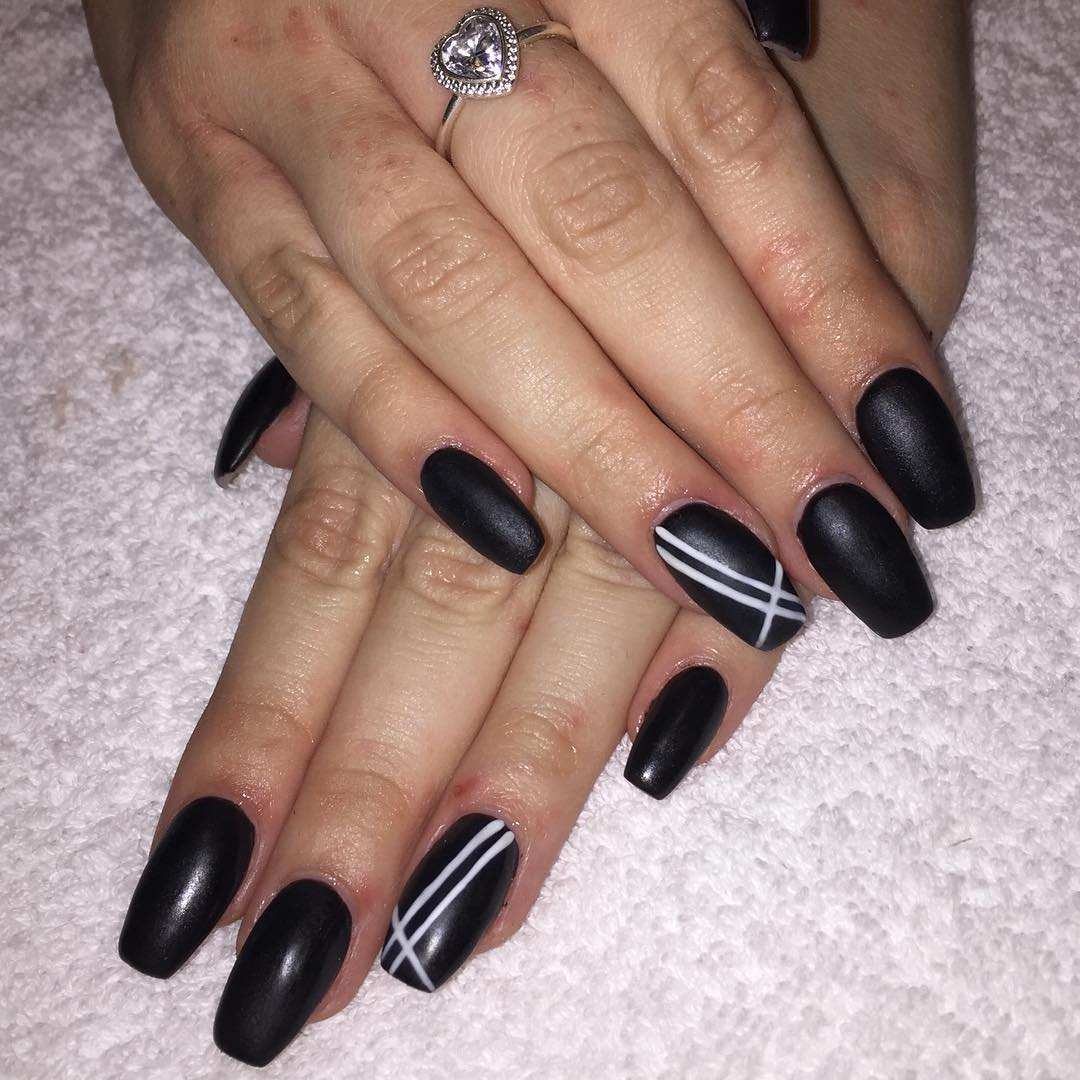 Line Design Nail Art : Black and white acrylic nail art designs ideas