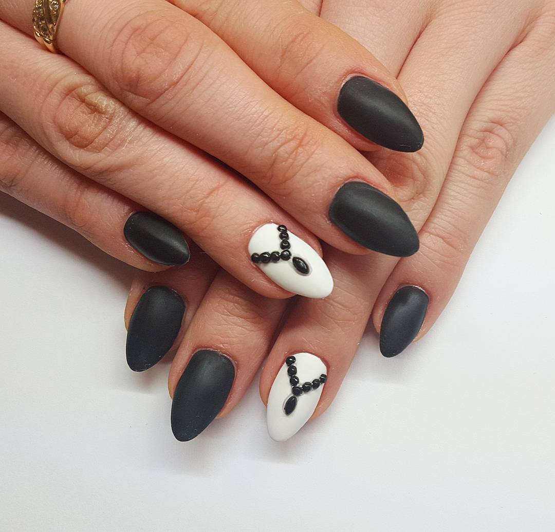 classic nail design for women