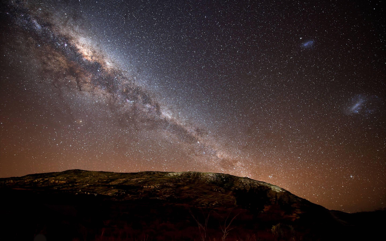 Bright Night Sky Wallpaper