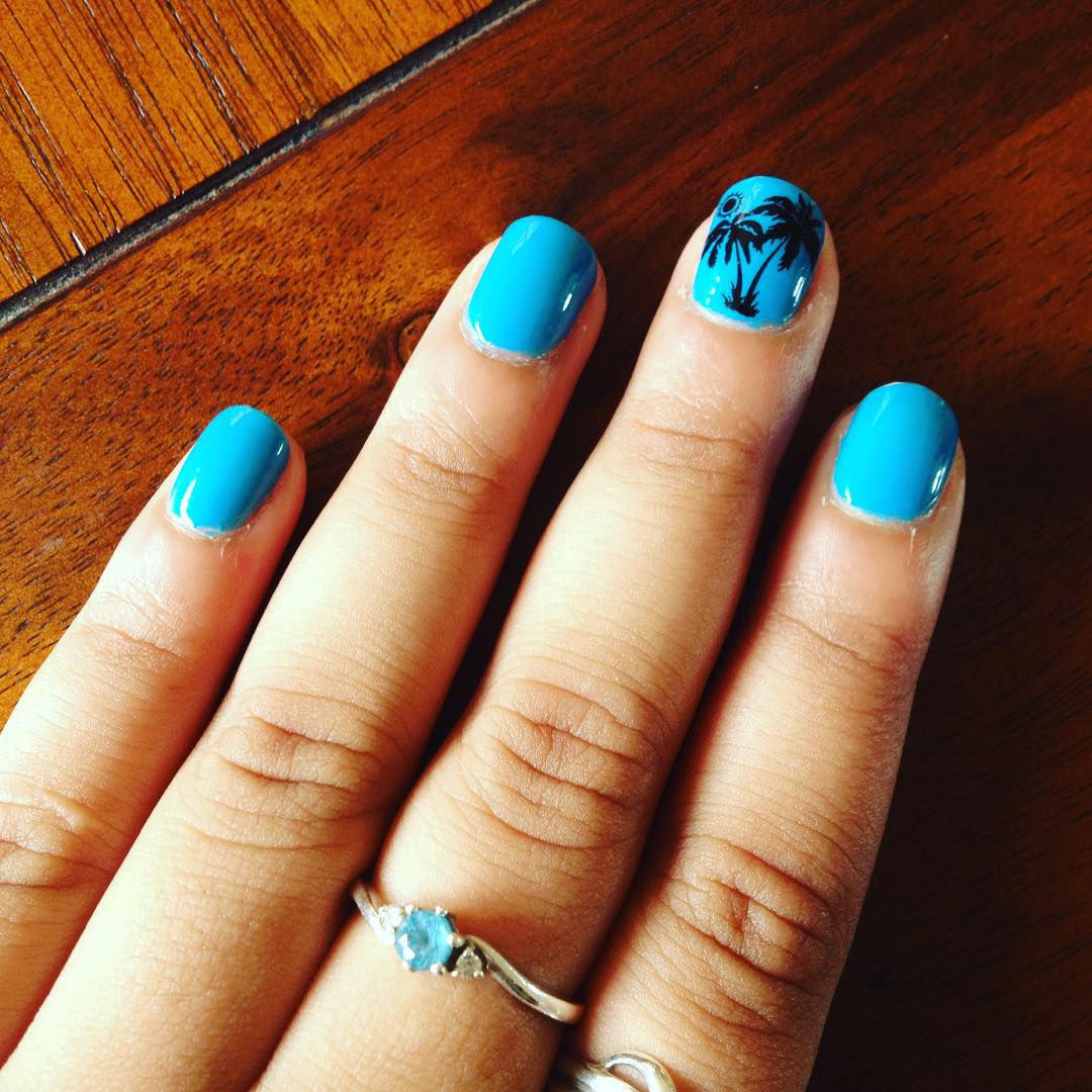 Blue Short Summer Nails