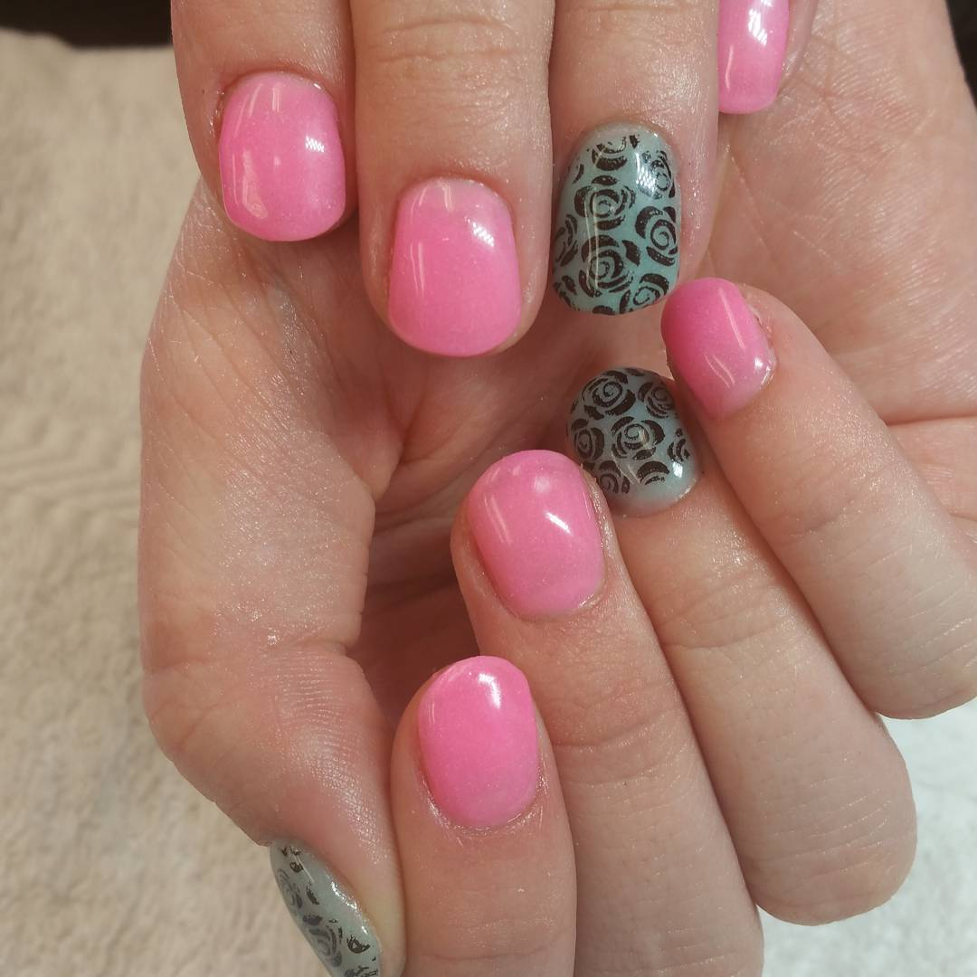 Rose Flower Short Nails for Summer