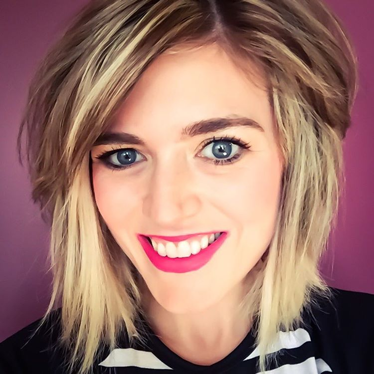 Messy Bob Hairstyle For Girls