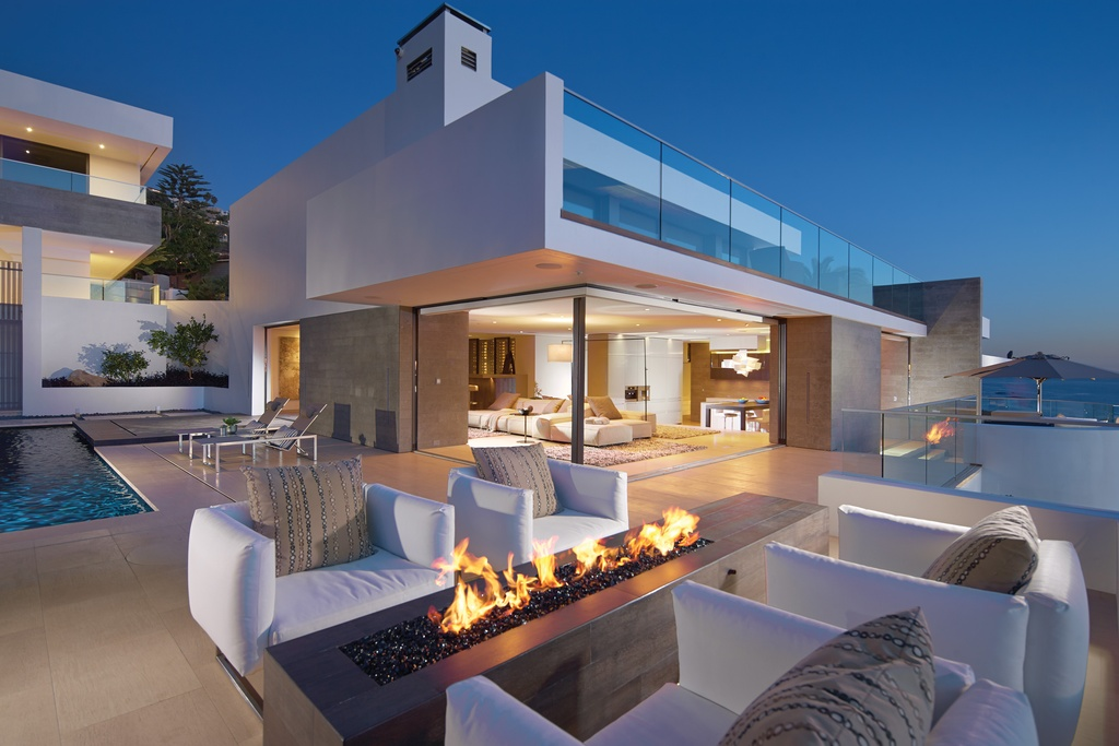 sassy pool side deck ideas