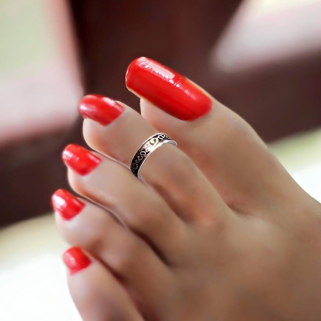 25+ Red Toe Nail Art Designs , Ideas | Design Trends - Premium PSD ...