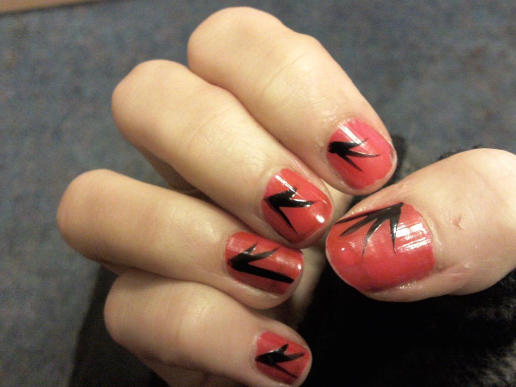Simple Nail Art For Short Nails