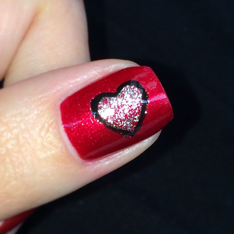 Heart Shaped Design For Black and Red Nails