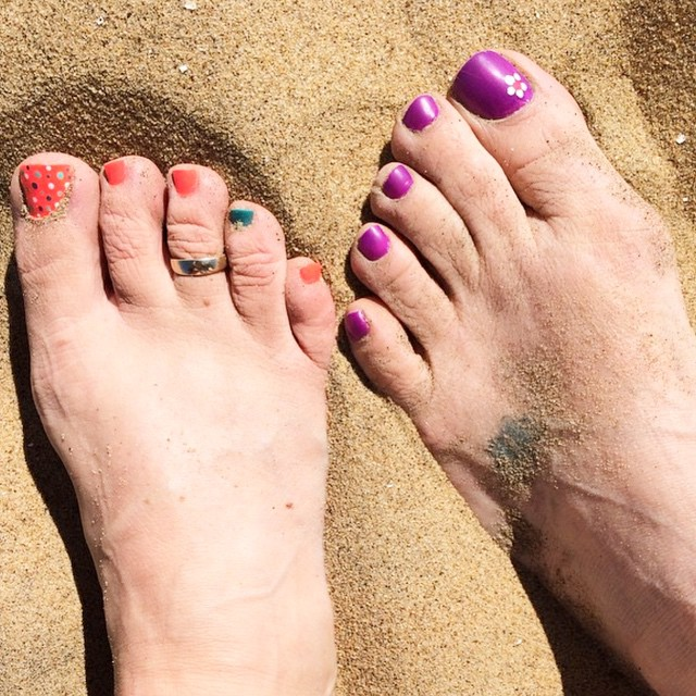 Pink and Purple Summer Toe Nails