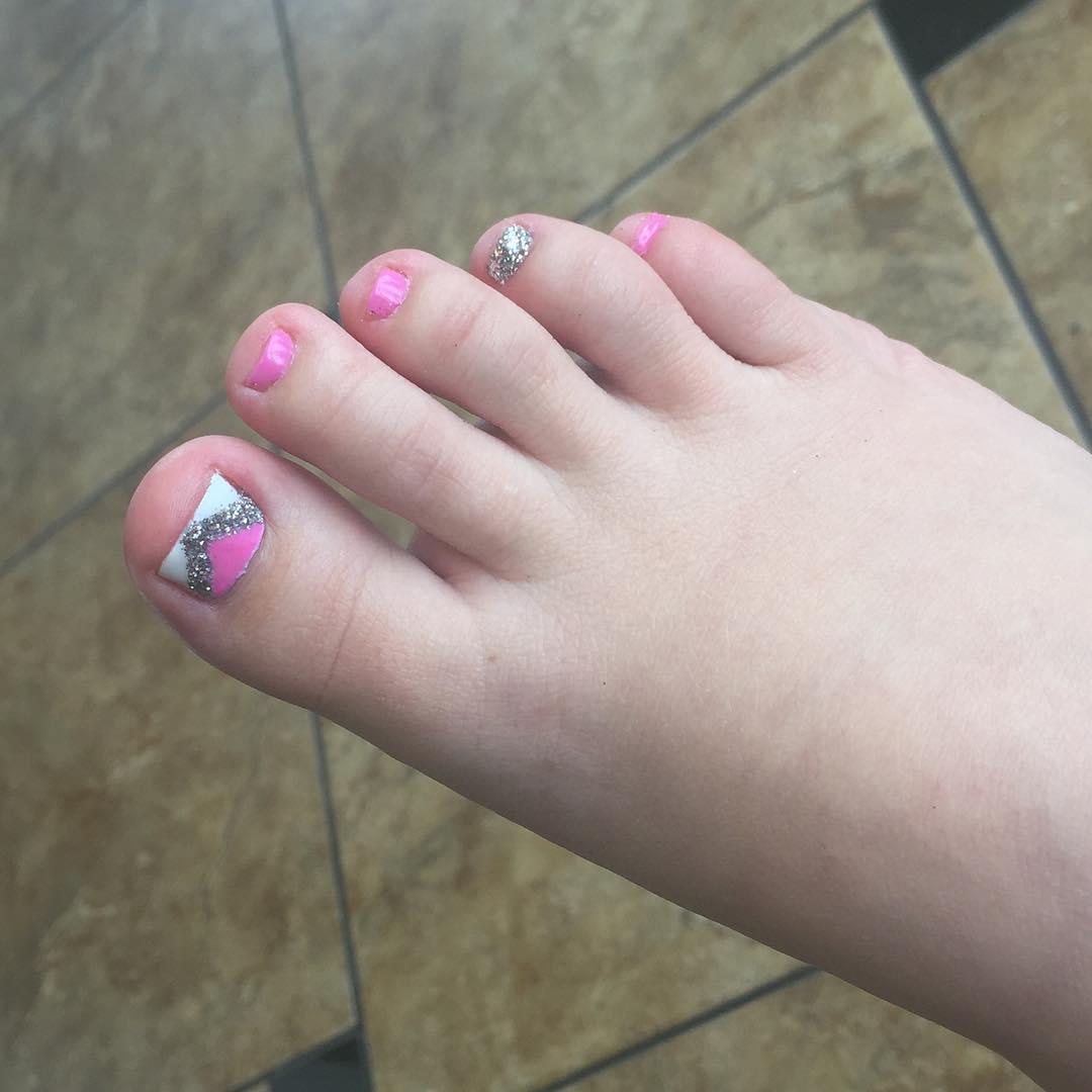 glitter white pink summer nails