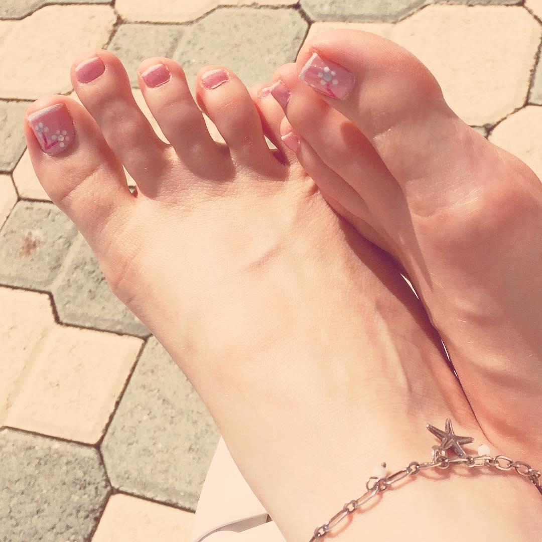 long toe nail art designs