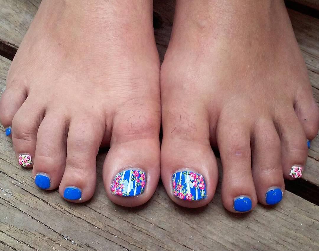 dark blue summer toe nail art