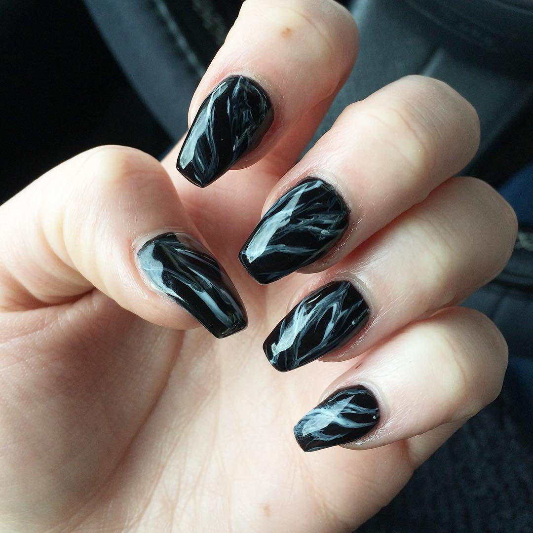 unique new marble nail design