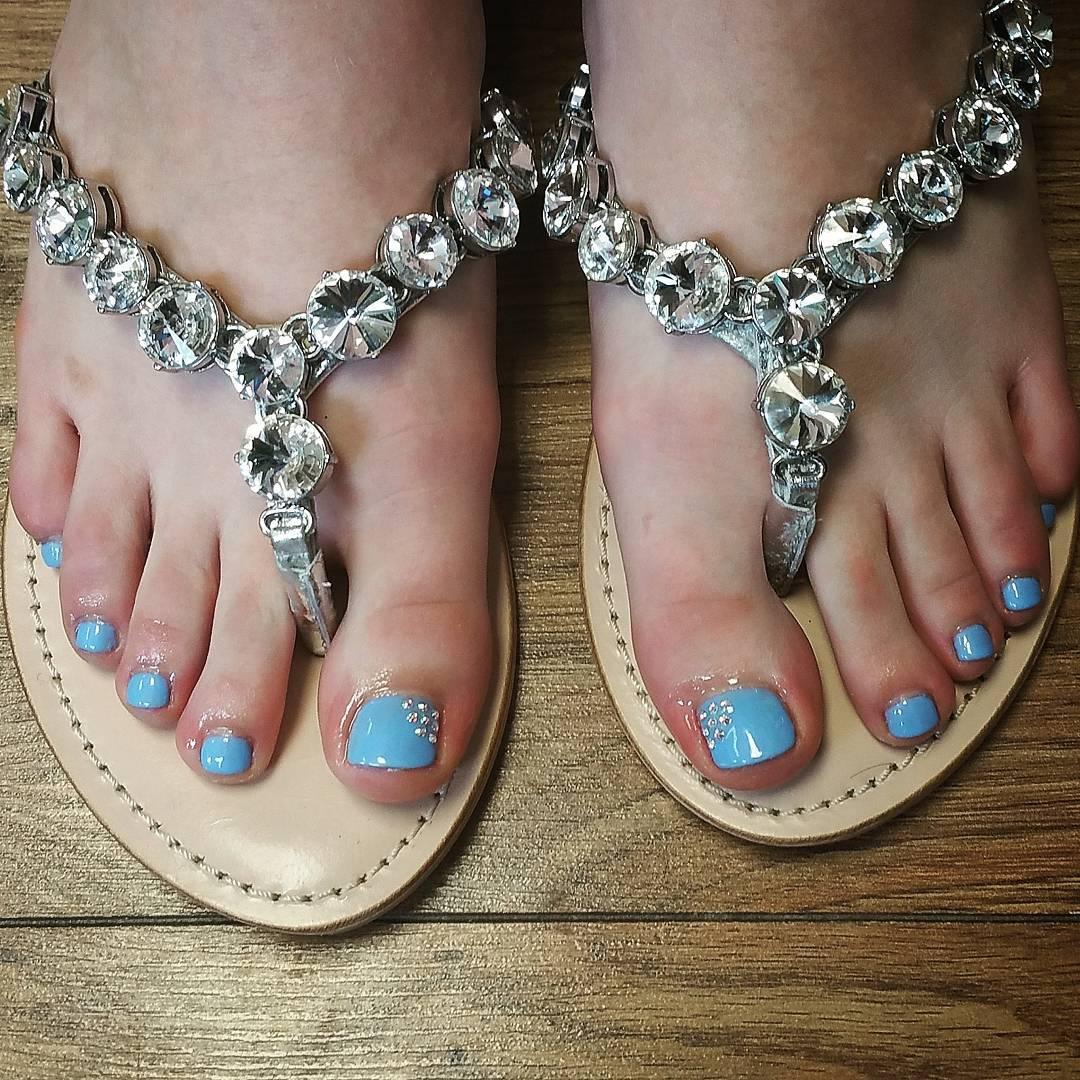 toe nail designs for beautifu nails