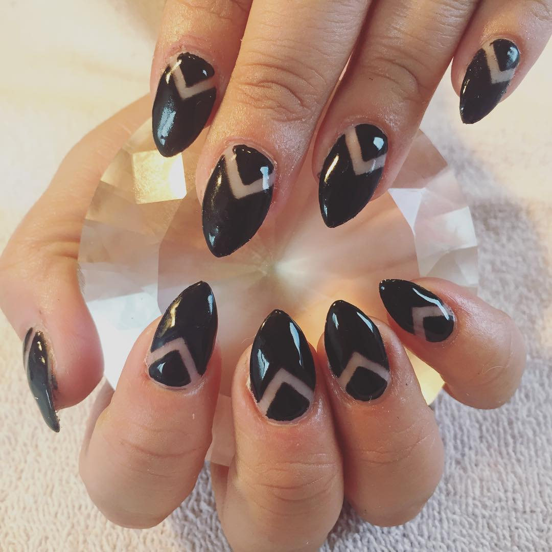 clothing line art on black nails