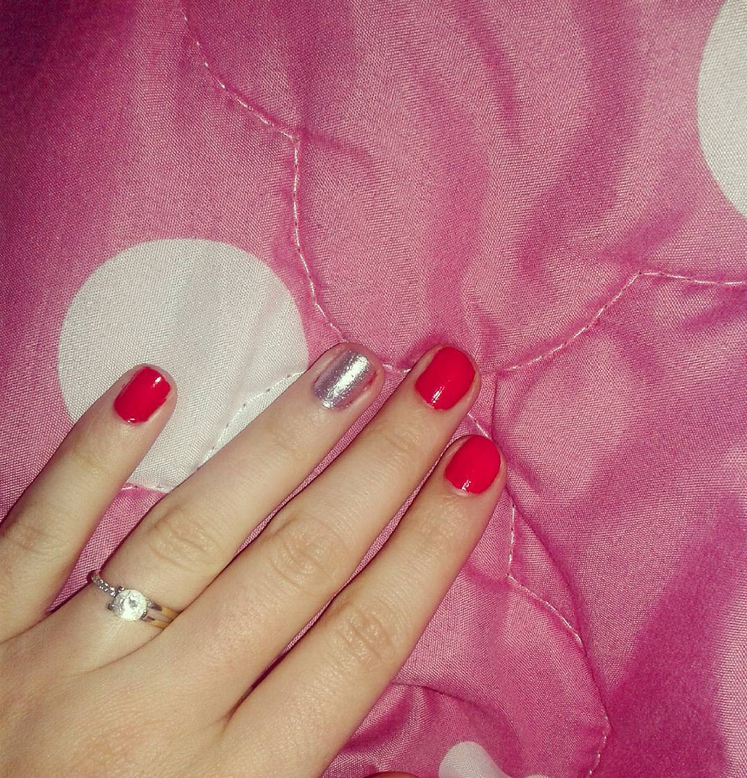 Classy Nail Art Design Looks Simple