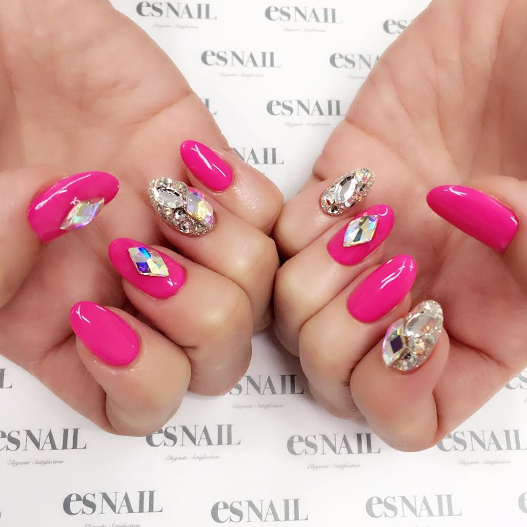 Bling Acrylic Pink Summer Nail Art