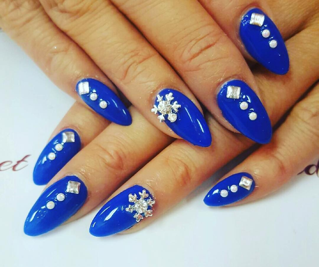 Blue Red Carpet Snow Flake Nails