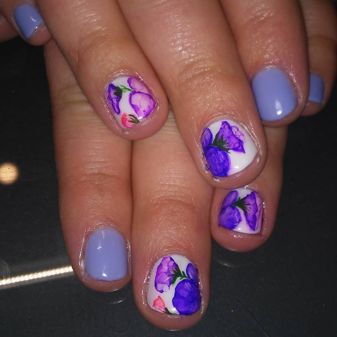 Gorgeous Water Color Flowered Nail Art