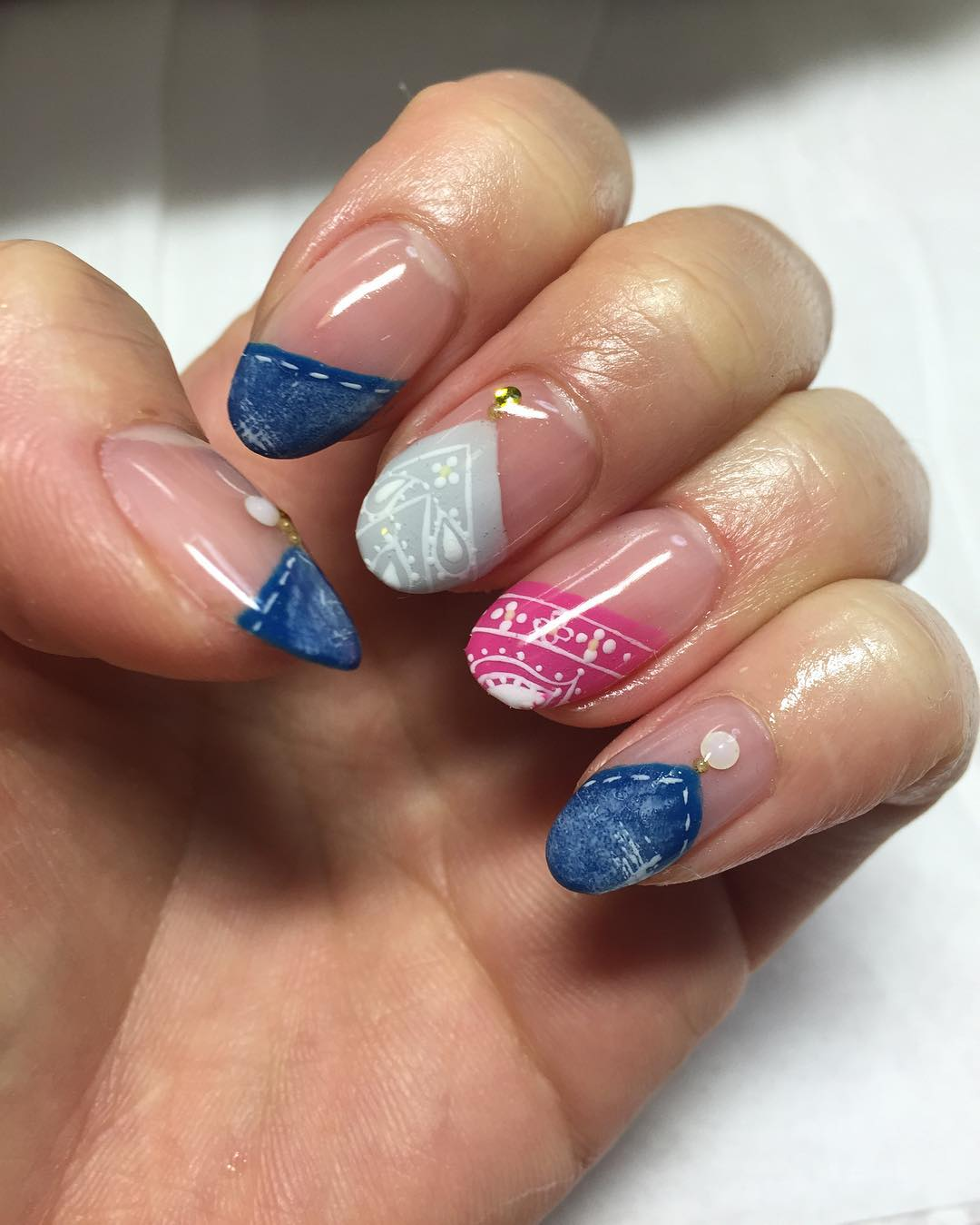 tip lace nail design for summer