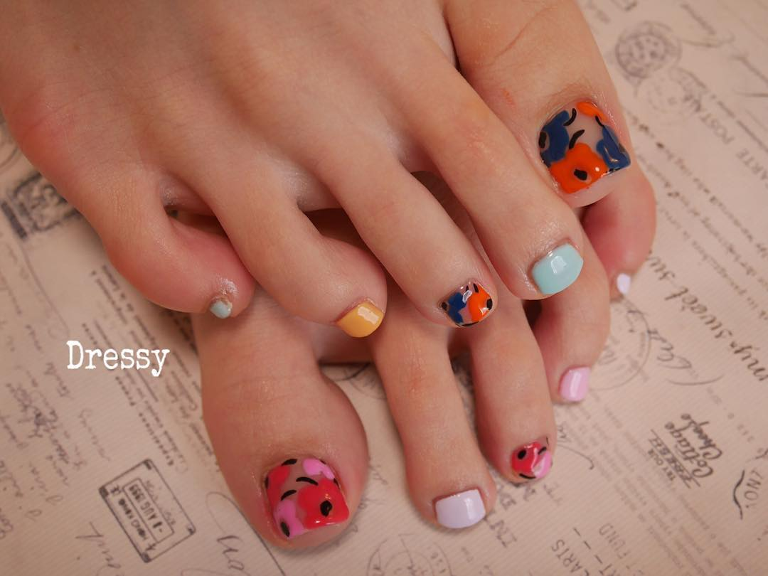 Gel flower Spring Toe Nail Polish Design