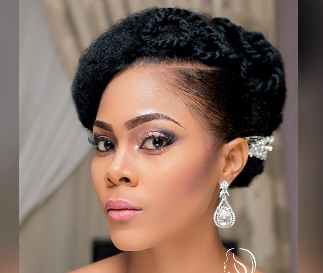 Elegant Black Natural Hairstyle For Wedding